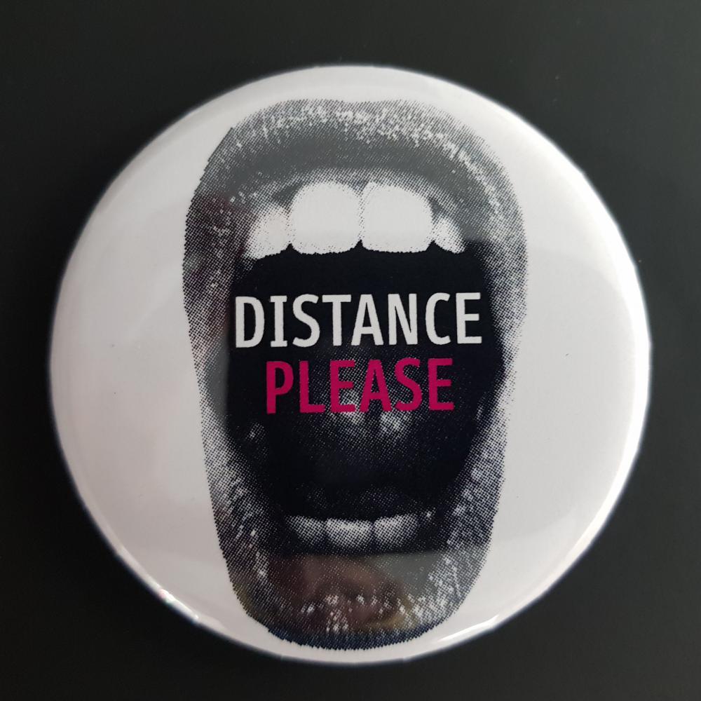 Button: Bitte Abstand halten - Motiv offener Mund